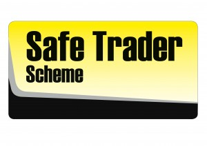 Safer trader logo - boomerang